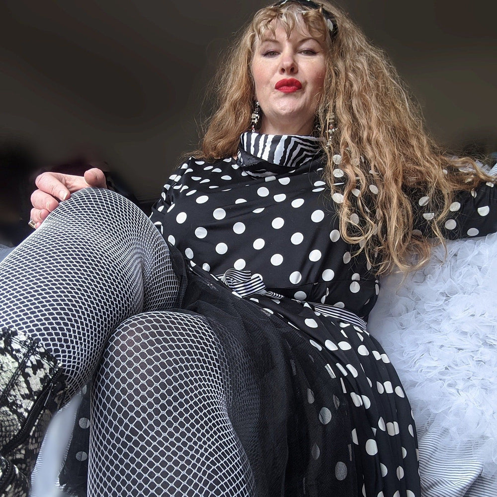 Tights - Fishnets - White Russian