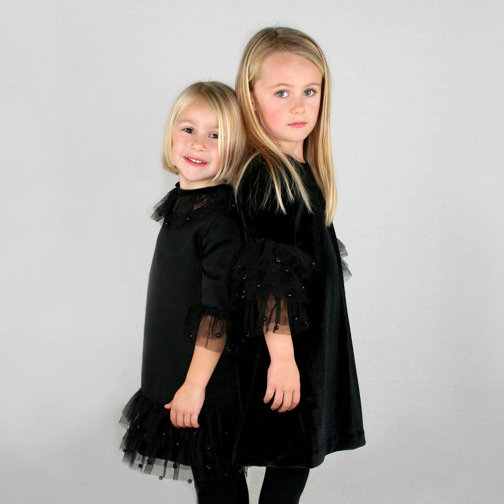 3/4 Sleeve Velvet A-Line Girls Dress with Pearl Ruffle Sleeves