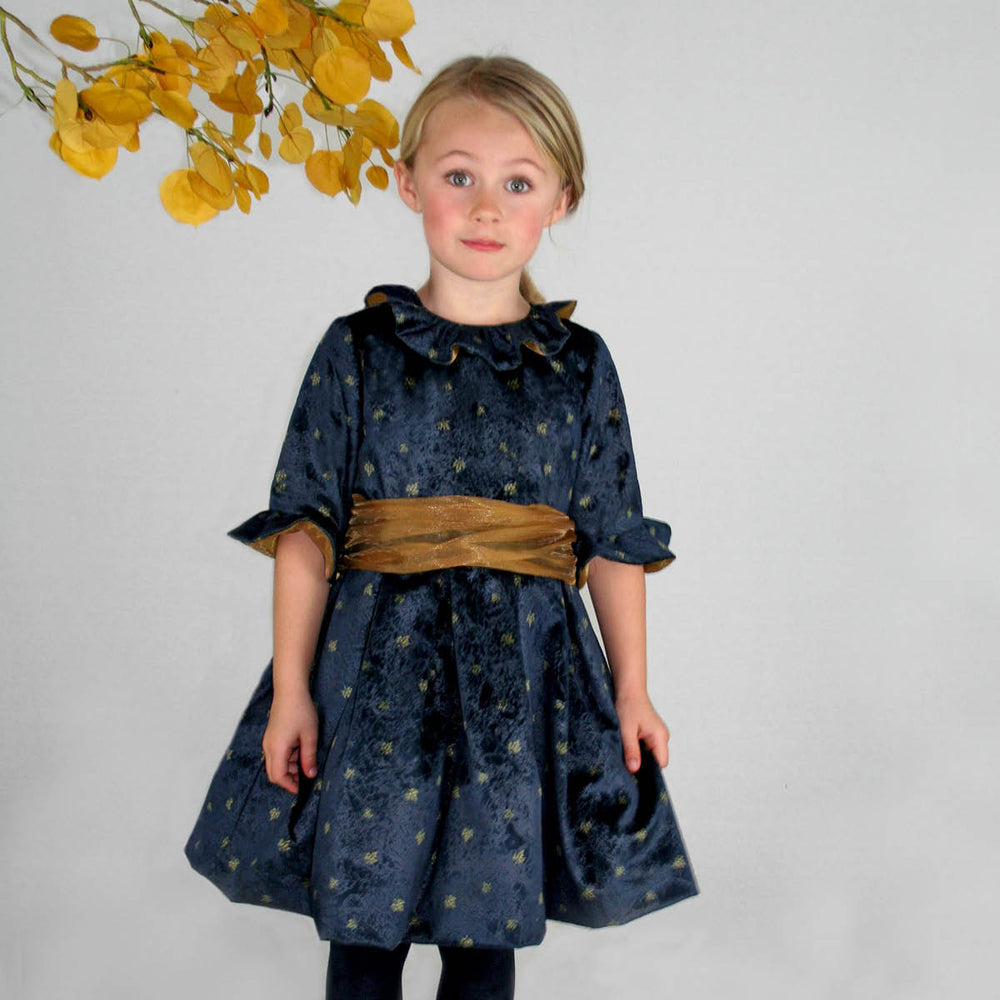 Half Sleeve Ruffle Collar Velvet Leaf Print Dress