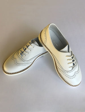 Boys Wingtip Shoe in White Leather