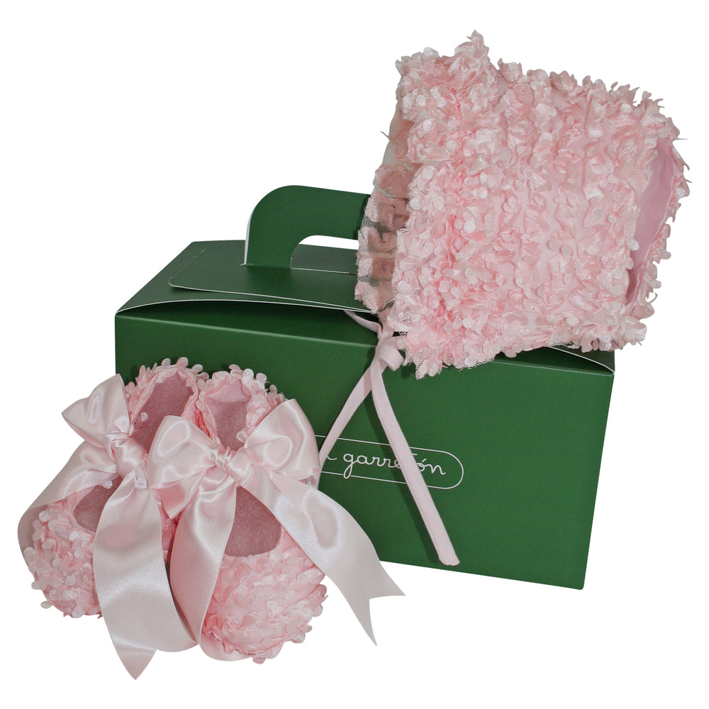 Welcome Baby Girl Pink Flutter Gift Set