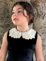 Adjustable Ivory Roses Floral Collar