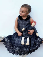 Sleeveless Wide Skirt Lined Mesh Girls Dress