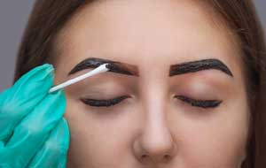 henna dye treatment for brows