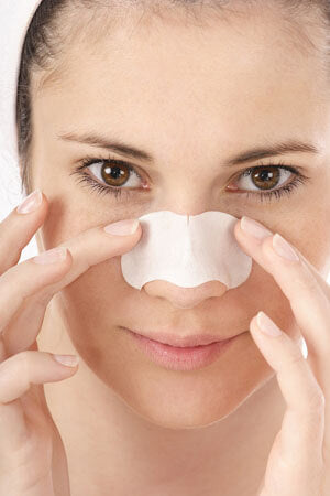 How to Clean Pores with Homemade Face Mask with a strip