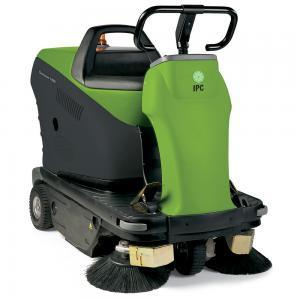 1050 Vacuum Rider Sweeper (FREE SHIPPING)