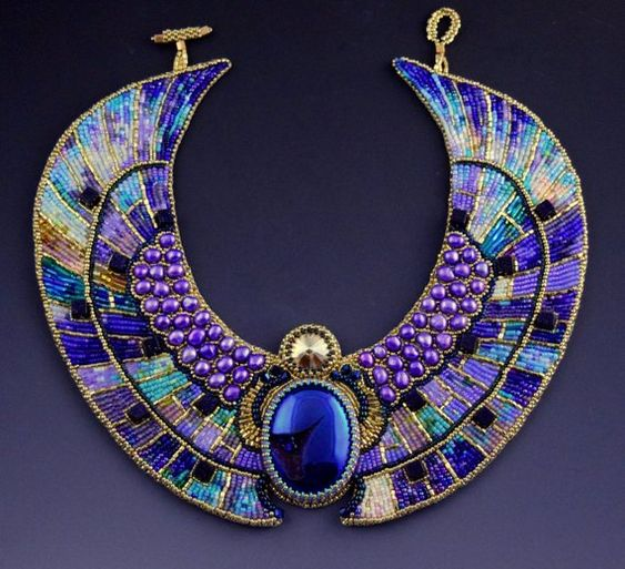 collier-perles-egyptienne