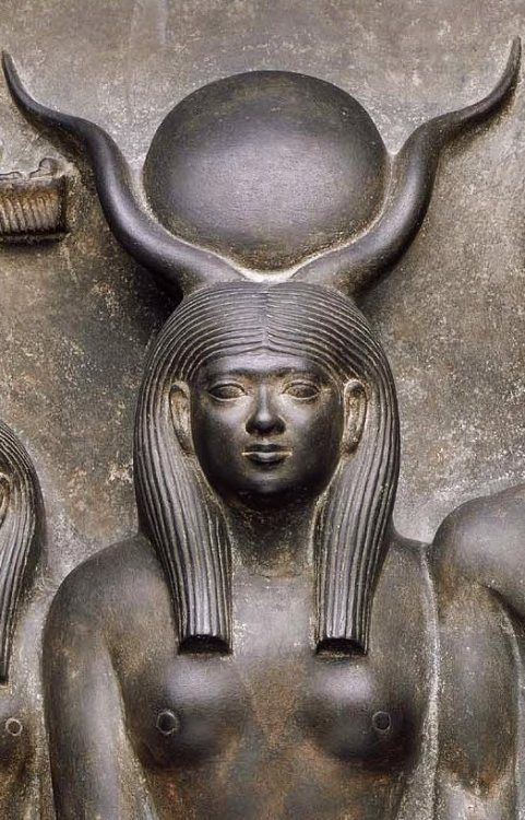 deesse-egyptienne-hathor