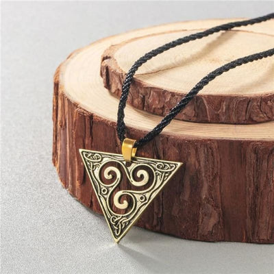 Collier Egyptien pas cher - DESTOCKAGE - Pyramide Celtic doré - collier egyptien pas cher