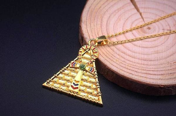 collier-egyptien-pyramide