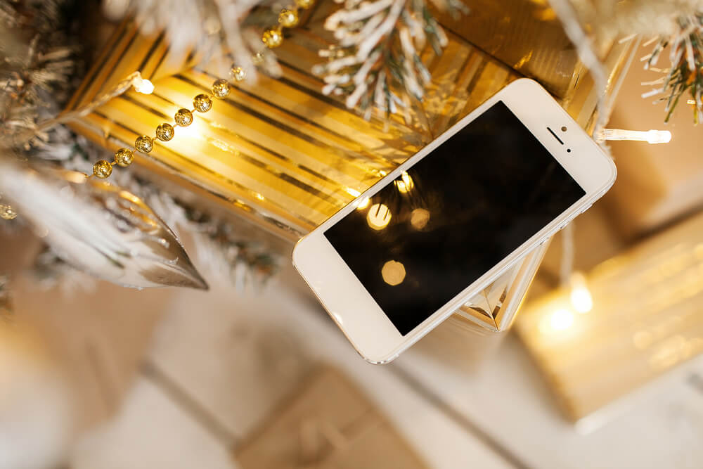 how to dispose of an old iPhone at Christmas