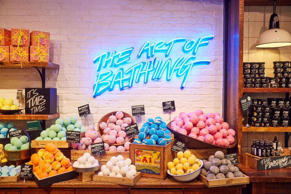 sustainable beauty brands include lush cosmetics