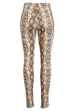 Load image into Gallery viewer, Venom Snake Skin Leggings