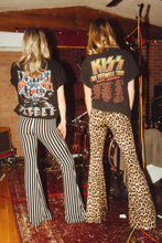 Load image into Gallery viewer, Farewell Tour Kiss Tee