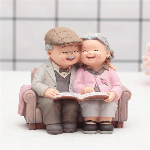 grandpreants-love-couple-figurines