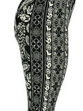 Black & White Paisley Flower Pattern