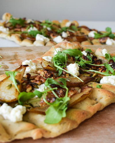 Flatbread with pear and ricotta