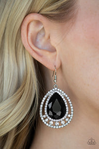 Paparazzi Accessories All Rise for Her Majesty - Black Earrings