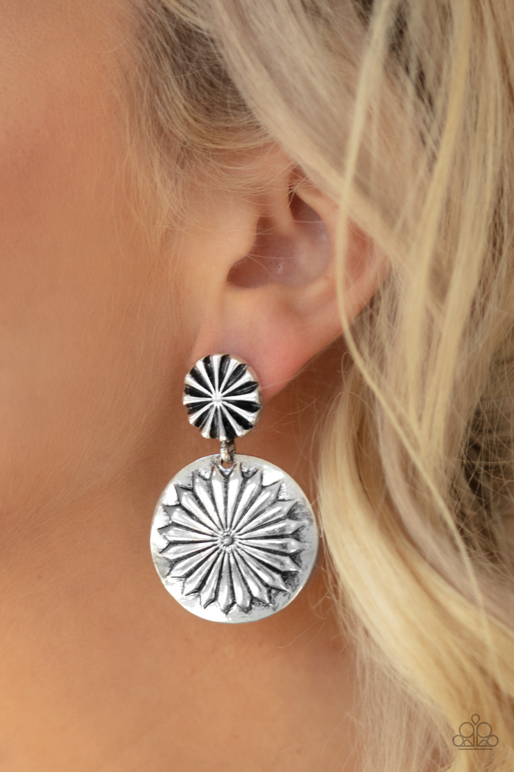 Paparazzi Accessories Fierce Forals - Silver Earrings
