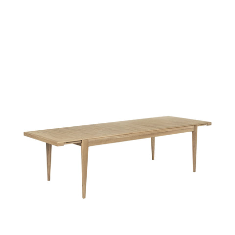 S-Table by Gubi