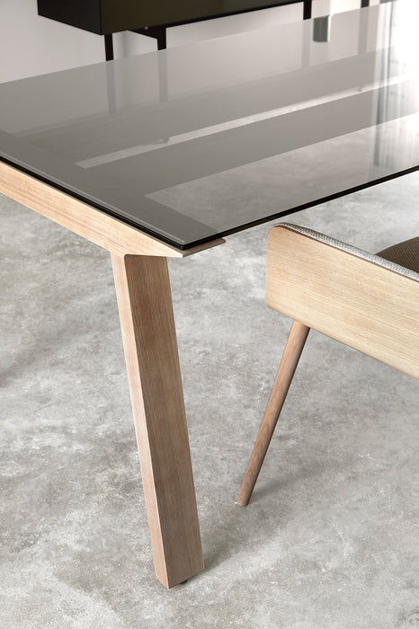 Mitis Table | Outlet