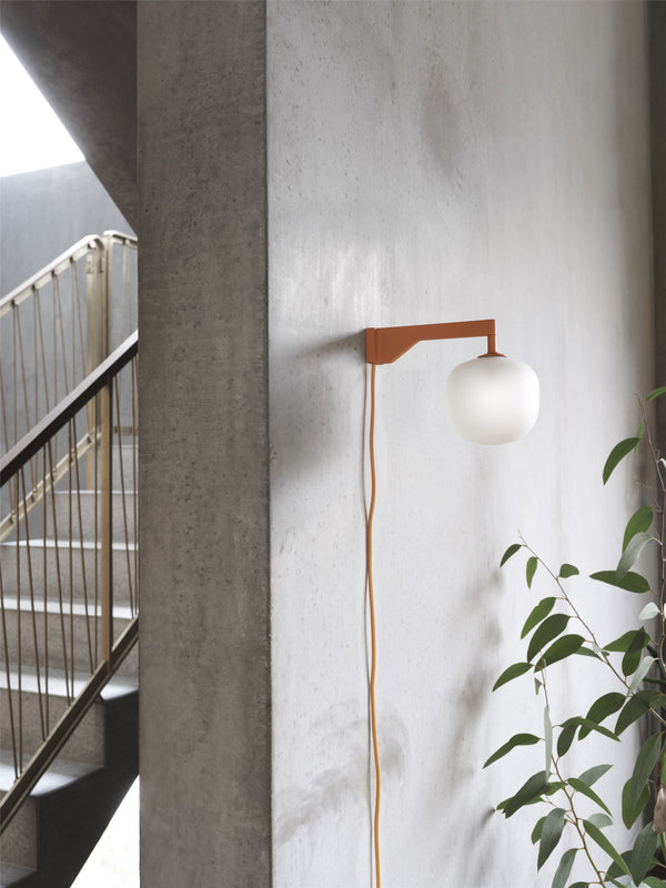 Rime Wall Lamp