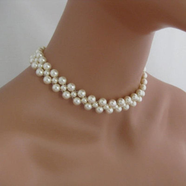 Pearl Decorated Concise Necklace