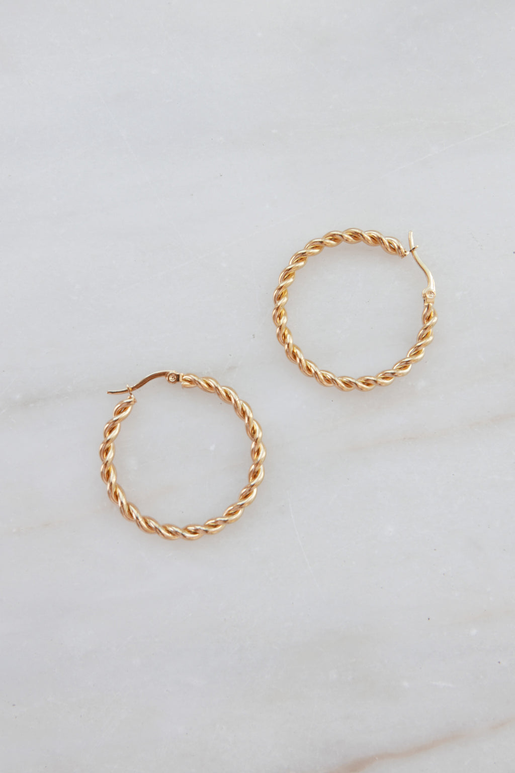 PALAS Twisted Thin Hoop Earrings