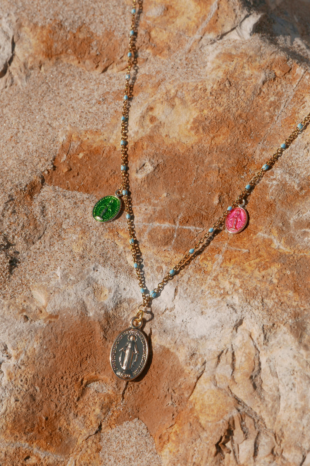 Castelo Saint Mary Necklace - Colors Option