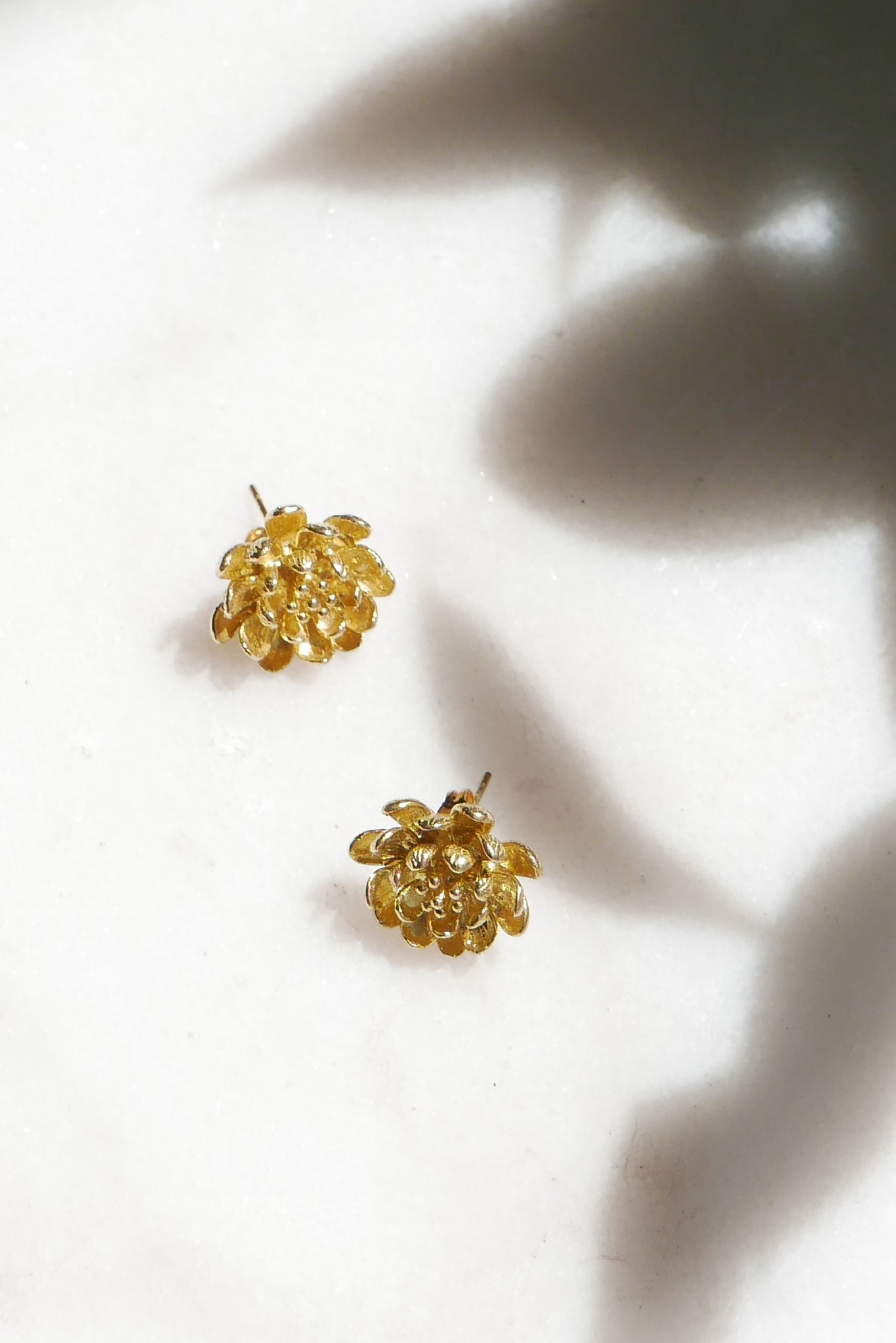 Peonia Stud Earrings