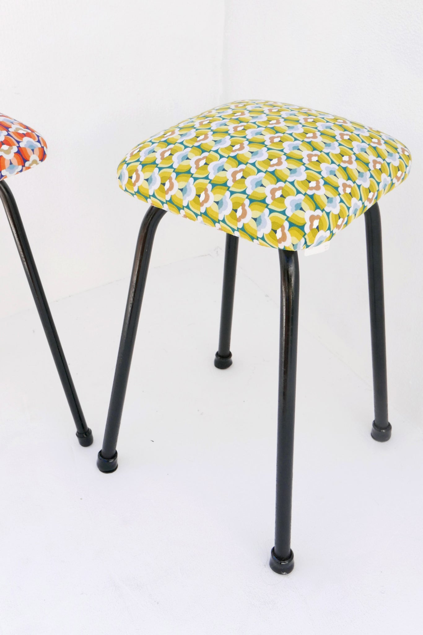 PALAS STOOL - Yellow
