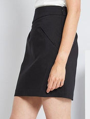 Short tailored-style skirt