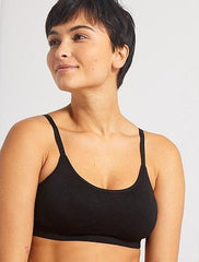 Sports bra with narrow straps