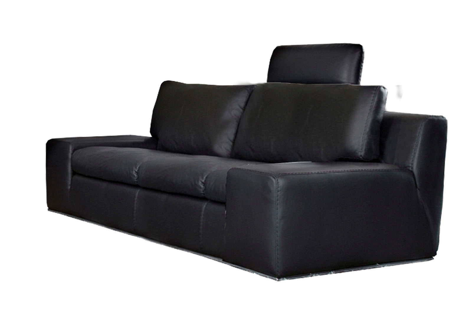 Mangieri Loveseat (2)