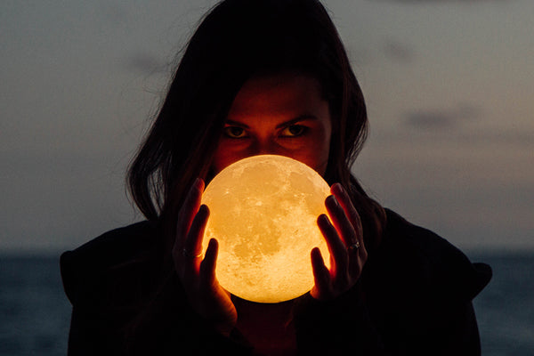 Full Harvest Moon in Pisces on Friday the 13th 2019