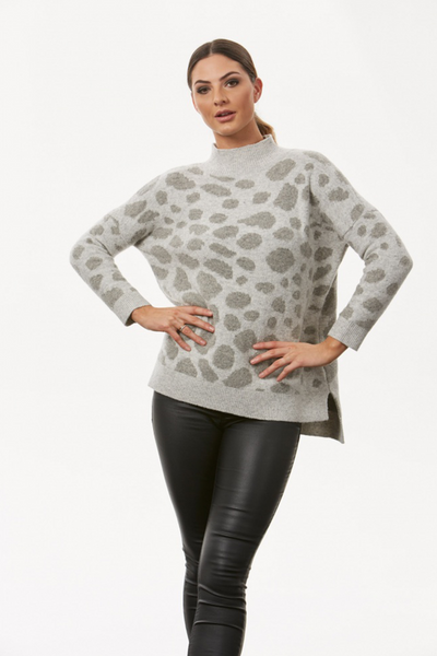 Leopard Pattern High Neck Pullover