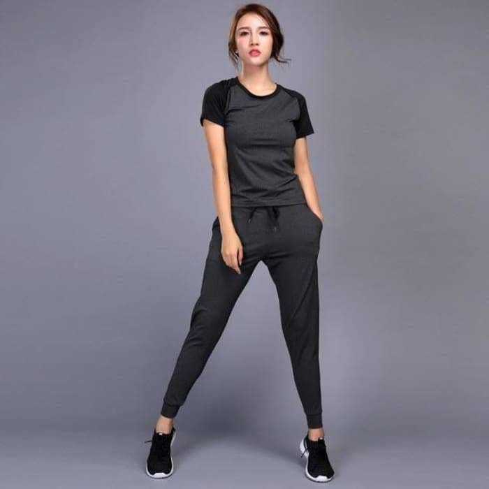 Womens sportswear Yoga Sets Jogging Clothes Gym Workout Fitness Training Yoga Sports T-Shirts+Pants Running Clothing Suit - Gray 2Pcs set /