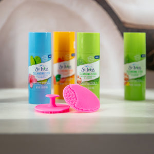 Cleansing Stick with Scrubber