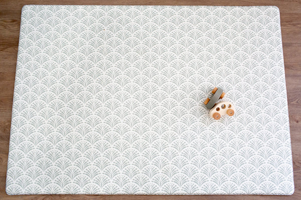 SMALL: Sage Scallops / Petal Play Mat