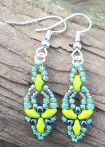 Hummingbird Earrings - Lime Seafoam
