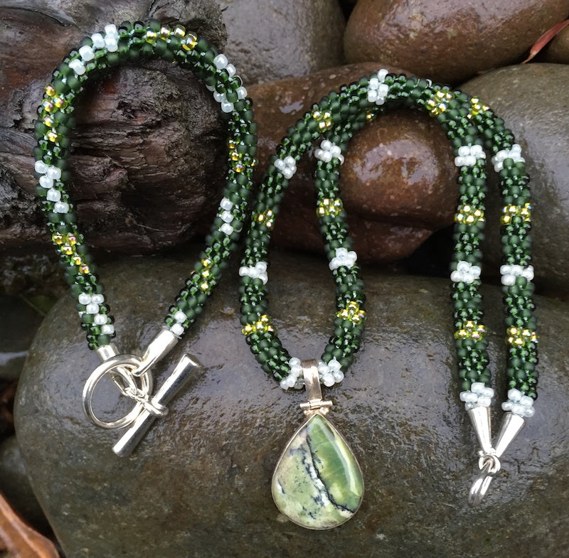 Kumihimo Necklace and Bracelet Set - Dark Green with Gold and Pearly White