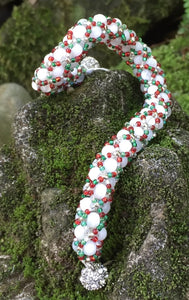 Holiday Beaded Bracelet