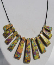Load image into Gallery viewer, Mineral Necklace - Howlite Graduated Bib Style