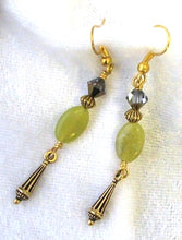 Load image into Gallery viewer, Mineral Necklace and Earrings Set - Yellow Jade and Crystal