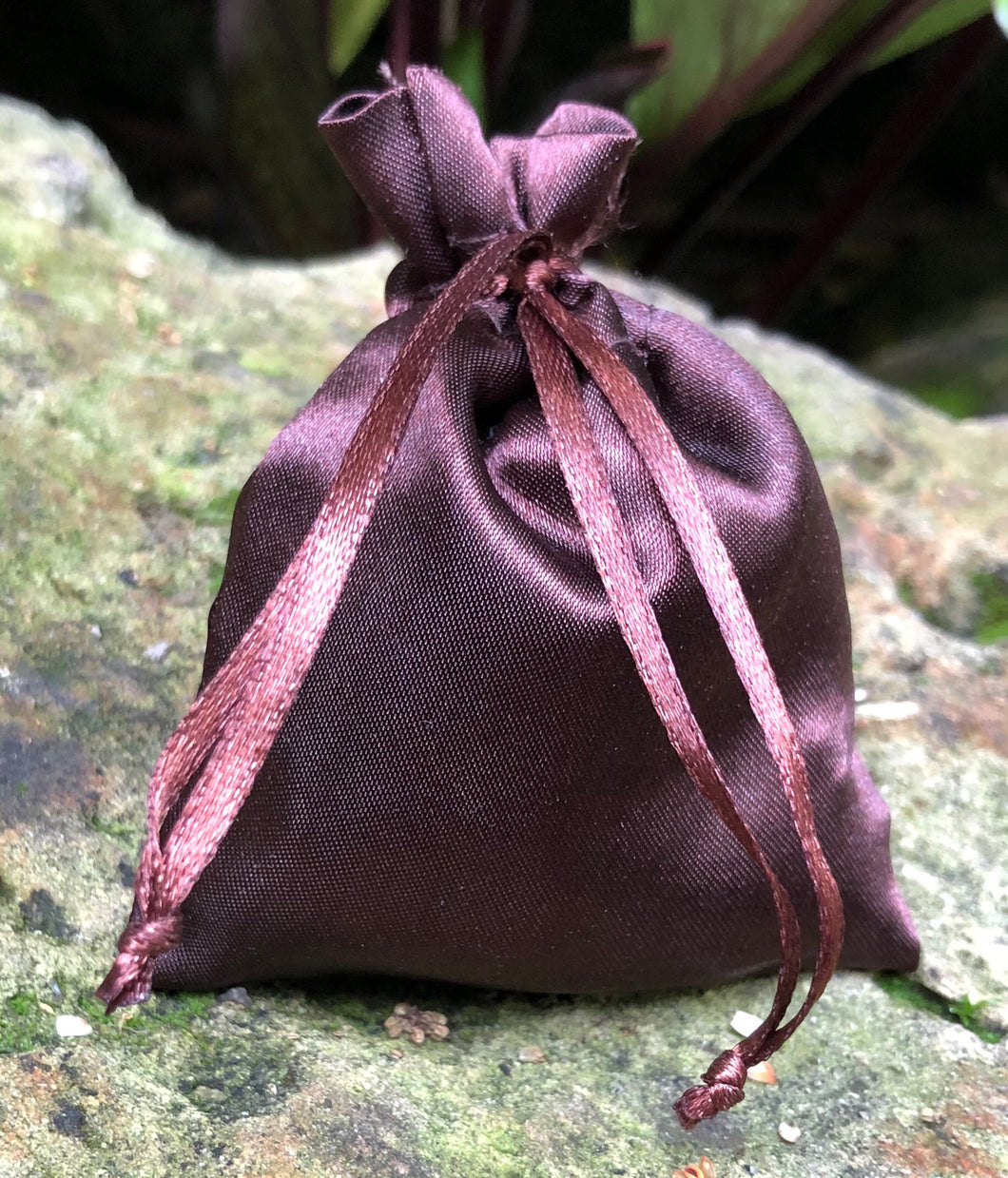 This Dark Brown Satin Lavender Sachet is useful in diminishing stress, easily fits in a drawer, purse, gym bag, or locker and makes a unique gift. The contents of each sachet is Oregon lavender, and only lavender, thus there are no other fillers. Lavender has plenty of its own natural oils, so give it a gentle squeeze to slightly bruise the buds to draw out more fragrance. This sachet should not be heated or put into a microwave oven.