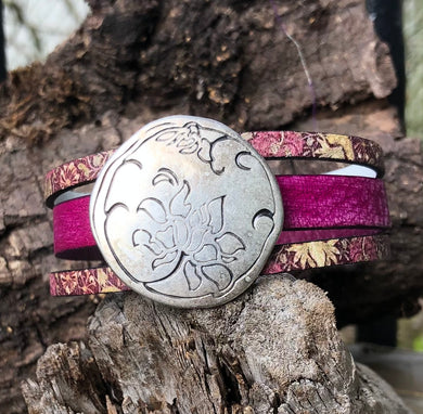 Leather Bracelet - Triple Band Fuchsia with print