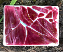 Load image into Gallery viewer, Burgundy and White Fused Glass dish