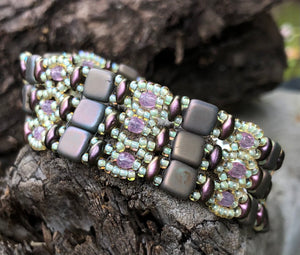 Beaded Bracelet - Brocade - Matte Clay and Burgundy