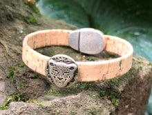 Load image into Gallery viewer, Leather Bracelet - Portuguese Cork Bracelet - Cheetah  with Silver Flecks