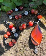Load image into Gallery viewer, Mineral Necklace - Carnelian and Onyx